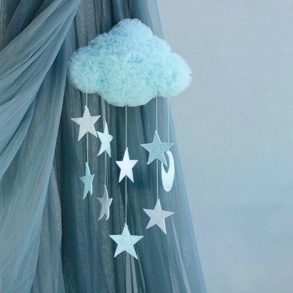 Solo un Sogno - Mobile Traumwolke hellblau mit Sternen