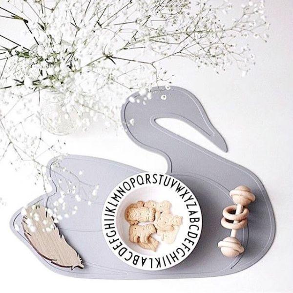 Lille Vilde - Tischset Schwan grau